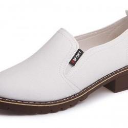 Women's Closed Toe Low Heel Pumps